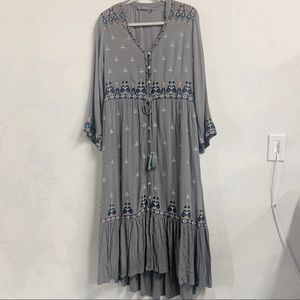 Soft Surroundings Embroidered Grey Floral Dress M